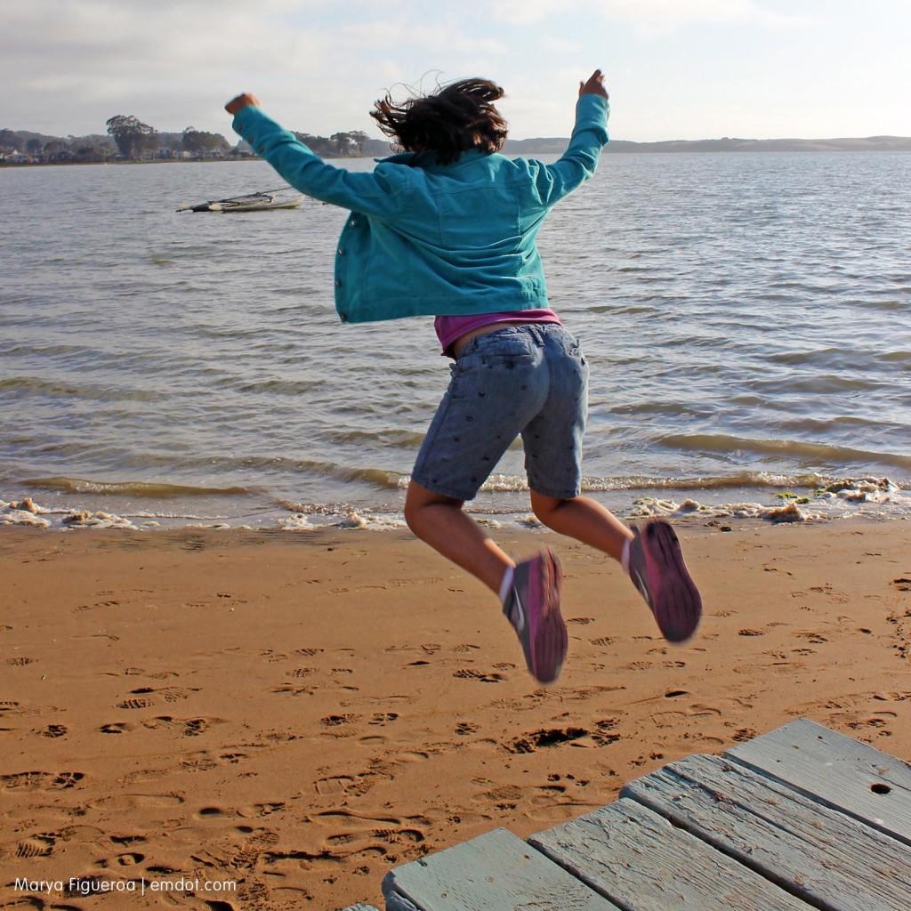 Nadine jumps